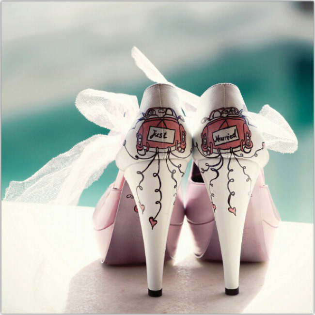 Zapatos de taco que leen Just Married