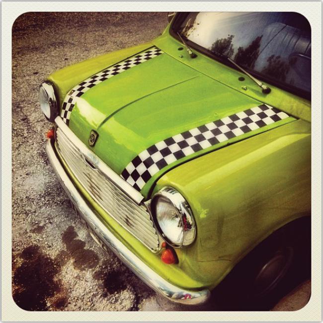 Hermoso taxi verde