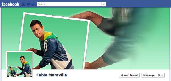 Screenshot de una foto de portada de una persona sosteniendo muchas veces y en profundidad una foto de el mismo.