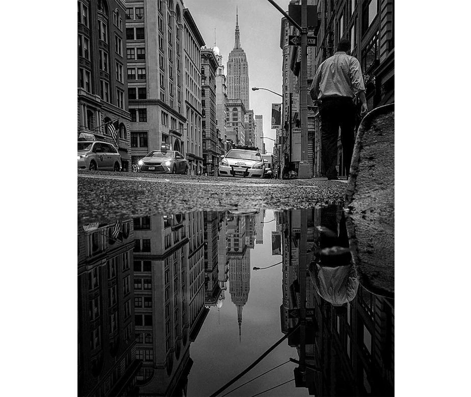 Guido Ruiz - The Parallel Worlds of Puddles